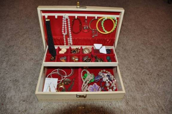 post 156 jewelry box