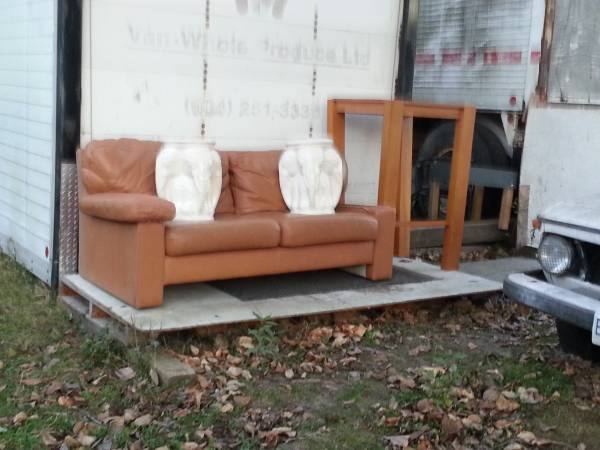 post-293-couch-plus
