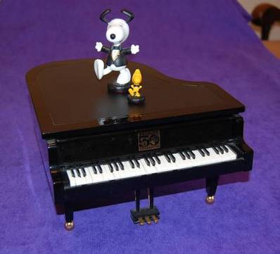 post 385 piano 2