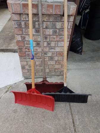 post 533 shoveling