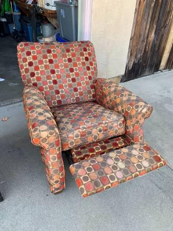 post 749 chair 2